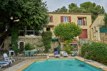 Maison individuelle de 240 m² avec piscine - Villeneuve-les-Avignon 1/9