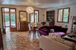 Maison individuelle de 240 m² avec piscine - Villeneuve-les-Avignon 6/9