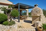 Villa d'architecte 7 pièces de 300 m² - Avec vue Panoramique .Uzès 3/9