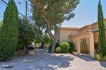 Splendide villa de 230 m² sur un terrain de 1500 m² - Villeneuve-lès-Avignon 6/9