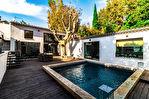 Villa de 290 m² avec jardin, piscine et garage - Avignon Intra-muros 2/12