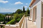 Villa des années 60, entièrement rénovée de 198 m² avec vue dégagée - Les Angles 3/12