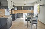 Maison individuelle de 150 m² avec piscine - Sauveterre 9/12