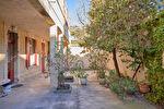 Maison 5 pièces de 125 m² avec cour intérieur - Avignon 1/8