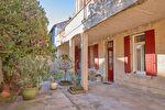 Maison 5 pièces de 125 m² avec cour intérieur - Avignon 2/8
