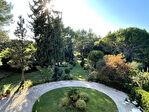 Maison de 850 m² sur 3 hectares de terrain- Proche d'Eygalières 4/14