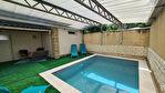 Maison 9 pièces de 200 m² avec piscine - Avignon 1/12