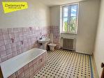 TEXT_PHOTO 5 - Maison à vendre 9 pièces, 4 chambres LA HAYE PESNEL (50320) Centre ville.