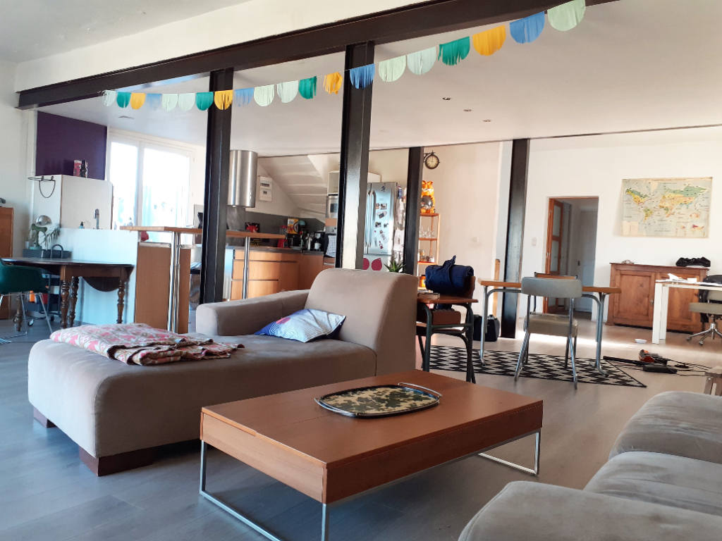 Maison Saint Benoit 7 pièces 237 m2