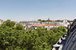 A vendre appartement de 119 m² au dernier étage à Paris 6ème - Saint Placide - Luxembourg