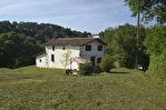 Cambo les Bains - Vente Ferme - Ferme rénovée sur 8400 m² de terrain