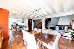 A vendre - Belle maison + Gîte indépendant + appartement situés entre Hasparren et Cambo-les-bains - avec piscine au calme et sans vis à vis