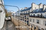 RUE D'AMSTERDAM - PARIS 8ème