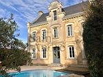 Superbe Maison bourgeoise en centre bourg - Grand - Angoulême 1/16
