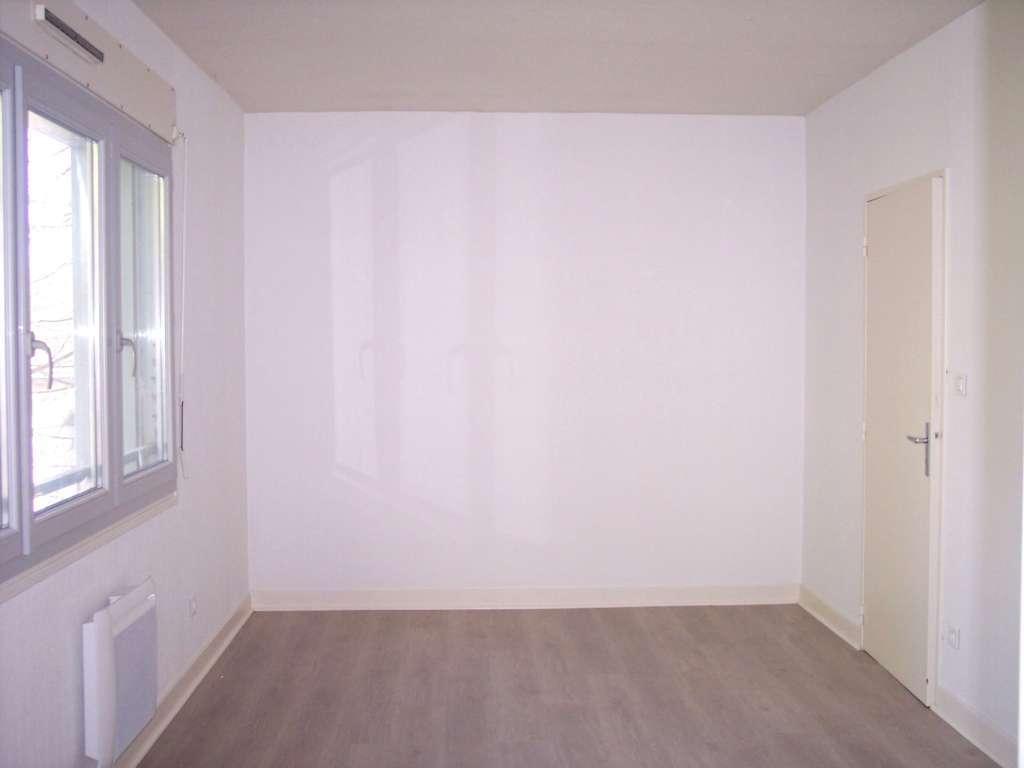 A louer Appartement GONDRECOURT LE CHATEAU 125m² 430