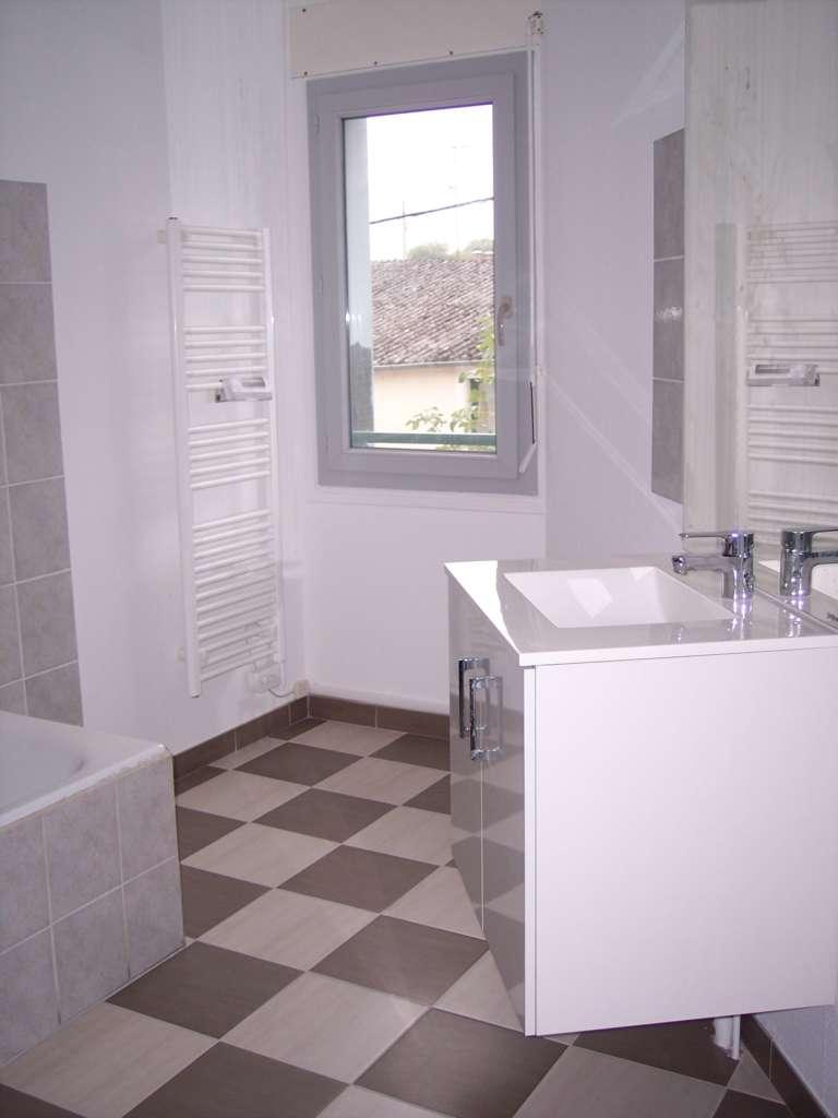 A louer Appartement GONDRECOURT LE CHATEAU 430 6 piéces