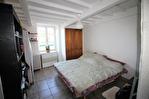 NiMES Appartement rénové de type 3 en duplex de 67,57m² dans une maison ancienne loué 586€HC 3/12