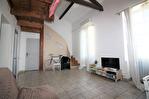 NiMES Appartement rénové de type 3 en duplex de 67,57m² dans une maison ancienne loué 586€HC 4/12