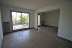 NÎMES Centre ville dans résidence appartement beau P4 en rez-de-Jardin avec jardin privatif 360m² . 13/16