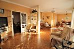 NIMES CENTRE VILLE PREFECTURE Très bel appartement P4 de 105m² avec petite terrasse, cave et garage. 2/18