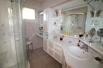 NIMES CENTRE VILLE PREFECTURE Très bel appartement P4 de 105m² avec petite terrasse, cave et garage. 5/18