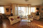 NIMES CENTRE VILLE PREFECTURE Très bel appartement P4 de 105m² avec petite terrasse, cave et garage. 6/18