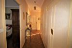 NIMES CENTRE VILLE PREFECTURE Très bel appartement P4 de 105m² avec petite terrasse, cave et garage. 17/18