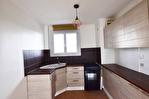 NIMES - CROIX DE FER. Appartement de type 3 de 53 m2 avec cave 3/7