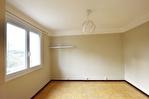 NIMES - CROIX DE FER. Appartement de type 3 de 53 m2 avec cave 6/7