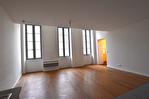 NIMES  CENTRE - Appartement P3 de 84 m² avec terrasse et cave 2/9