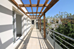 NÎMES Appartement beau P3 de 67,75m² au dernier étage avec terrasse et parking à 10mns du centre ville. 13/14
