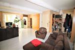 EN EXCLUSIVITE quartier RICHELIEU Maison de ville en R+1 d'environ 89m² avec patio de 19m² . 1/18