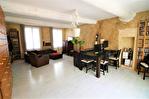 EN EXCLUSIVITE quartier RICHELIEU Maison de ville en R+1 d'environ 89m² avec patio de 19m² . 14/18
