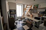 EN EXCLUSIVITE quartier RICHELIEU Maison de ville en R+1 d'environ 89m² avec patio de 19m² . 15/18
