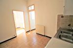 NIMES CENTRE VILLE PLACETTE Appartement de type 3 au 1er étage  avec patio et terrasse sur les toits. 6/18