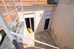 NIMES CENTRE VILLE PLACETTE Appartement de type 3 au 1er étage  avec patio et terrasse sur les toits. 10/18