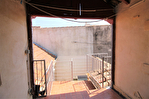 NIMES CENTRE VILLE PLACETTE Appartement de type 3 au 1er étage  avec patio et terrasse sur les toits. 17/18