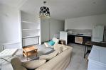 CENTRE VILLE FONTAINE/REVOLUTION Bel appartement  P2 rénové au 3éme étage sans ascenseur 2/12