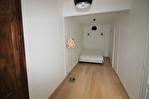 CENTRE VILLE FONTAINE/REVOLUTION Bel appartement  P2 rénové au 3éme étage sans ascenseur 8/12
