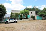 NIMES Maison de plain pied d'environ 110m² avec mazet et dépendances sur 1599m² de terrain. 8/17