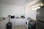 EN EXCLUSIVITE NIMES GAZELLE Beau P2 loué dans résidence avec piscine , ascenseur et parking 7/12