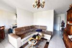 GARONS Appartement loué 3 pièce(s) 61 m2 avec terrasse, jardin et 2 places de stationnement aérien 1/3