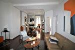 NIMES CENTRE VILLE proche CARNOT très bel appartement entièrement rénové P3 avec terrasse et cave 12/14