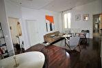 NIMES CENTRE VILLE proche CARNOT très bel appartement entièrement rénové P3 avec terrasse et cave 13/14
