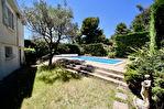 Maison T7 d'environ 200 m2 avec piscine et garage sur 878 m2 de terrain 14/15