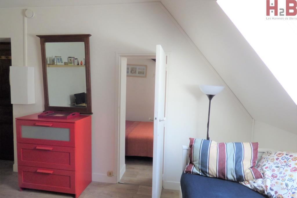 """A vendre appartement deux pièces au sein de la ville historique à Saint-Malo : """"Cosy"""""""