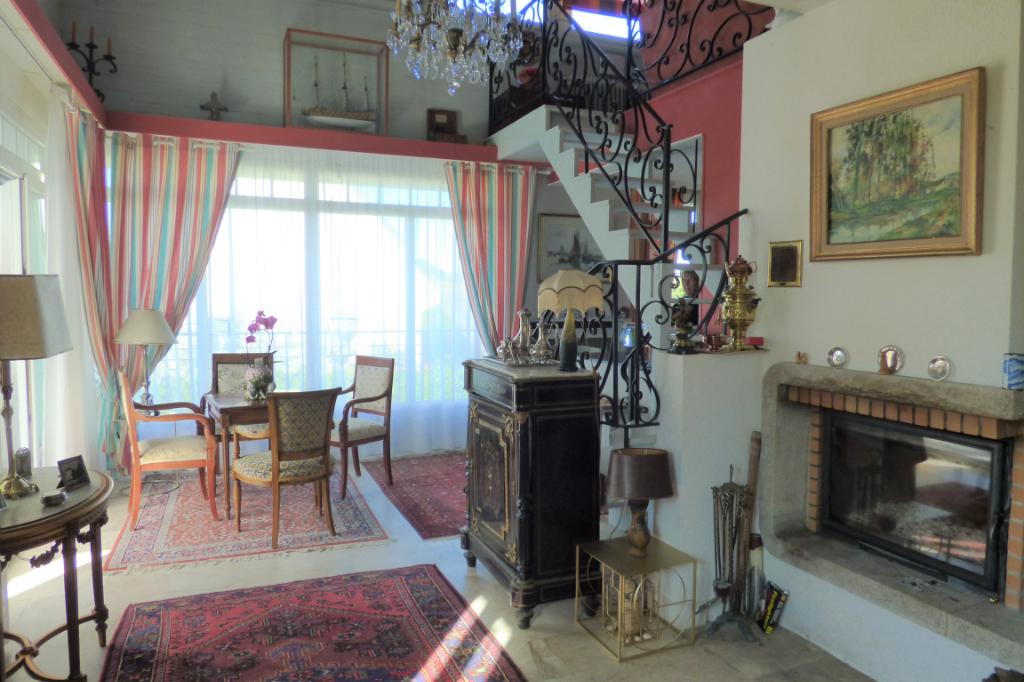 Maison située à 300 mètres de la plage à Saint-Malo avec une chambre au rez de chaussée  ET maisonnette indépendante : CORAIL
