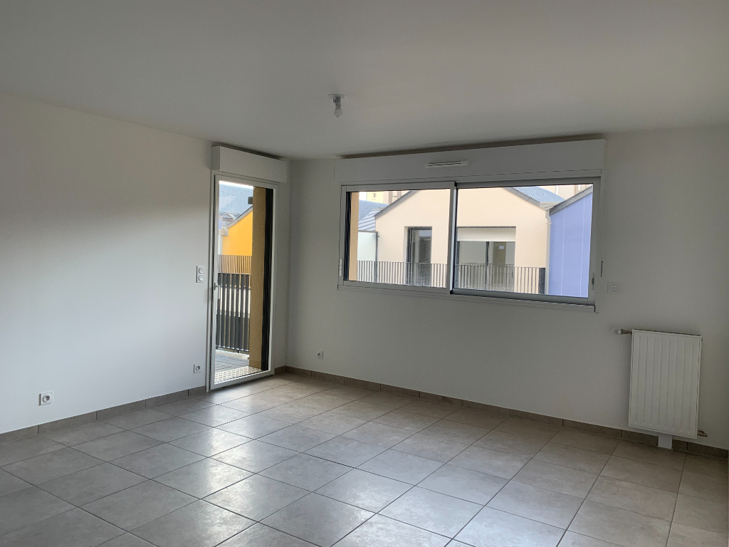 A louer appartement neuf trois pièces à Rothéneuf