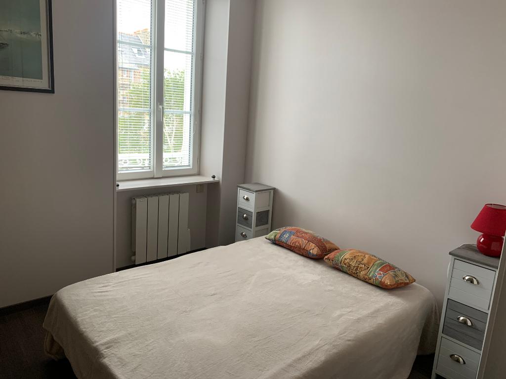 A louer appartement type 2 meublé, quartier Paramé