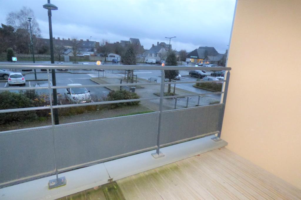 Appartement trois pièces an centre de St Méloir des Ondes